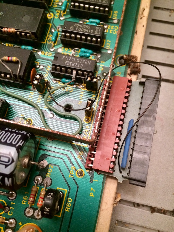 CoCo motherboard connector bodge wire, showing the keyboard connector