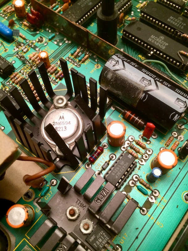 CoCo motherboard, the power regulator section